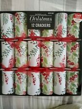 CHRISTMAS 12 CRACKERS brand new pack