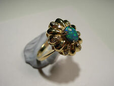 18ct Gold Ring with Lightening Ridge Opal and 12 Diamonds (Lot 2242)