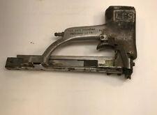 PASLODE DIV. IF SIGNODE CORP. 7/16 crown PNEUMATIC STAPLE GUN 120 PSI