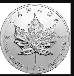 25x1 Oz .9999 Silver 2011 Canadian Maple Leafs