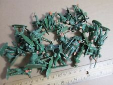 Hong Kong made plastic US Army soldiers Lot