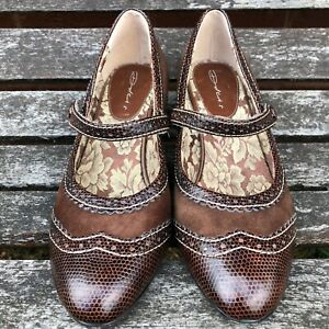 Vintage Dolcis Womens Kitten Heel Almond Toe Brown Shoes Floral Insole UK 5