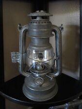 Vintage Feuerhand Nr. 276 kerosene lantern w/ globe reflector