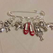 1 wizard of oz / ruby slippers kilt pin brooch