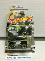 Custom Ford Bronco GREEN * 2016 Hot Wheels * Truck Series * Special Edition A36