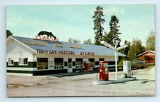 VERMILION BAY, ONTARIO CANADA - TEXACO GAS STATION - Johnny's MOTEL and LOCKER