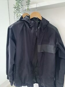 The North Face Mens Size Small Waterproof And Underlayer Black/Grey