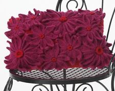 CROCHET PATTERN-jolie fleur pétale décoration Oreiller/Coussin en Aran Laine