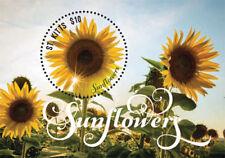 SAINT KITTS 2015 - SUNFLOWERS STAMP SOUVENIR SHEET (#2) MNH