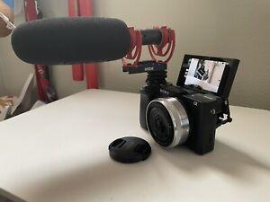 Sony Alpha a6400 W/ 16mm 2.8 LENS 24.2MP Mirrorless Digital Cinema Camera