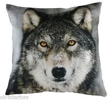 43.2cm Wolf Terciopelo chenilla Tela Cojín - Evans Lichfield DP342