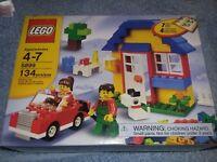 LEGO Bricks & More 5899 House Building Set NISB (New In Sealed Box) RARE!