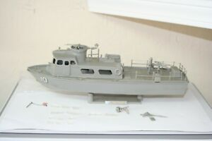 """US NAVY SWIFT BOAT (PCF) VIETNAM RIVER BOAT 1/48 SCALE """"NEEDS TO BE FINISHED"""