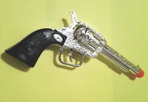 CLASSIC Toy Western Cowboy Gun Pistol FAKE Prop Stage Weapon Six Shooter 1 piece