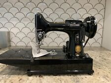 Vintage Singer 222 K Featherweight 1950s Sewing Machine With Portable Case.