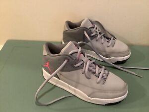 Nike Jordan Flight Origin 3 Basketball Shoe Size 2Y Gray/Pink 820251-009