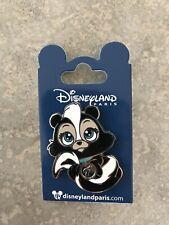 DLP Disney Land Paris Big Head Skunk Flower Minis Pin DLRP Bambi Flower Baby Pin