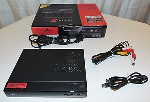 ZENITH DTT901 DIGITAL TO ANALOG TV CONVERTER BOX WITH REMOTE CONTROL