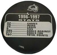 1996-1997 COLORADO AVALANCHE STATS RARE OFFICIAL HOCKEY VEGUM MFG. NHL PUCK 🇸🇰