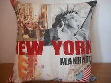 "NEW YORK THEMED CUSHION COVER 17""/43cm Broadway, Statue Liberty, Manhatton. USA"