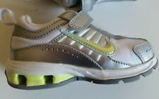 Nib Nike Relax run shoes girl boy silver white yellow SZ 7 Toddler