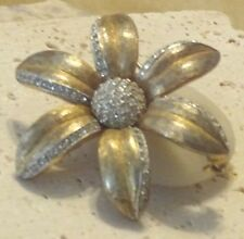 Vintage CHAREL Daisy Flower Rhinestone Pin Brooch CHAREL SIGNED Gold tone