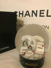 Boule à neige Collector CHANEL hiver 2019. neuf