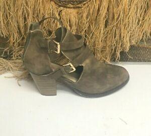 JustFab Womens SZ 9 Brown Strappy Ankle  Heels Shoe Jax