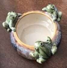 Vintage Decorative Ceramic Trinket Bowl/Dish with 3 Frog Figurines on Rim 3.5 in