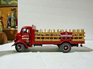Danbury Mint Die Cast 1938 Budweiser Delivery Truck With Wooden Beer Kegs