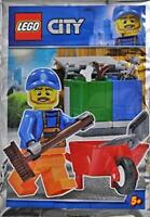LEGO City Garbage Man Minifigure Foil Pack Set 951809