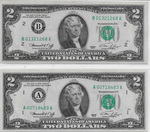 Two $2 bills with OLD STYLE numbering; Bicentennial 1976 Series; Lot T901ᴙ0