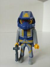 Playmobil Figure - Creepy looking Alien with gun (Loose)
