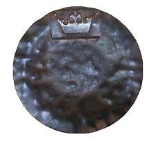 "Jan Barboglio Hammered Iron Plate Rustic Crown 7"""