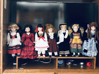 Vintage dolls from around the world With Matching Dress Of Each Country 19 Dolls