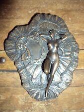 Bronze de femme nue signée Giovanni