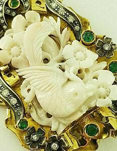 Korallen-Brosche - 750er Gelb-Gold + 800 Silber - Koralle + Diamanten + Smaragde