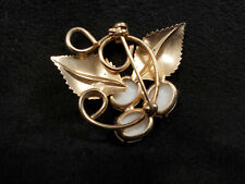 Colored Pin Lovely Gold