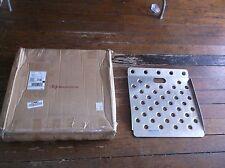 """NEW B & P MANUFACTURING CRW2224 Curb Ramp Aluminum, 22"""" W, 24"""" L 5EPK2 (F52T)"""
