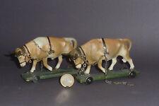 2 alte Lineol Zugochsen für Acker Gespanne & Bauern mit Pflug Massefiguren