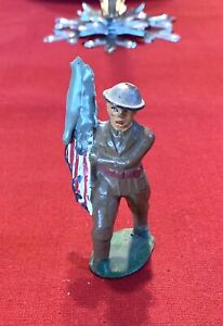 Old Toy Grey Iron Cast Iron Doughboy Marching Military Soldier Flag Carrier