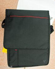 Messenger bag for tablet or netbook