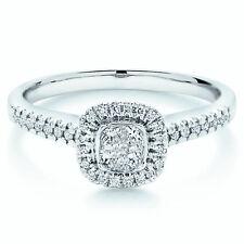 0,50 ct Diamante Talla Princesa Halo Set Anillo De Compromiso En Oro Blanco
