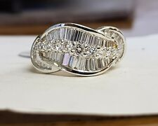 18ct Gold Baguette and Brilliant cut Diamond Ring
