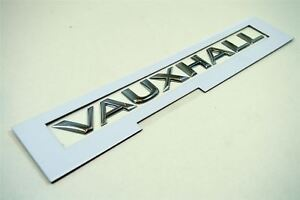 Original Opel Movano/Vivaro Puerta Trasera Insignia/Emblema - Nuevo 91167832