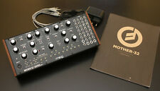 Moog Mother-32 * Semi-modularer analog Synthesizer * Inkl Zubehör * Top Zustand!