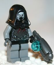 Lego THE SAKAARAN MINIFIGURE from Super Heroes Knowhere Escape Mission (76020)