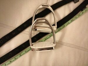 Tiny Tots Synthetic Stirrup Leathers And Small Tots Stirrups Used Once