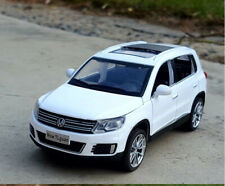 Kids Volkswagen Tiguan Toy Model Alloy Car Dashboard Collection Toy Gift 1:32