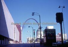 SL015 Saint Louis MO, 1968 Street Scene, The Arch in background